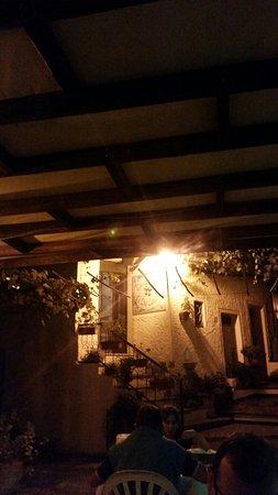 Le Due Lanterne : 20160818_220506_large.jpg