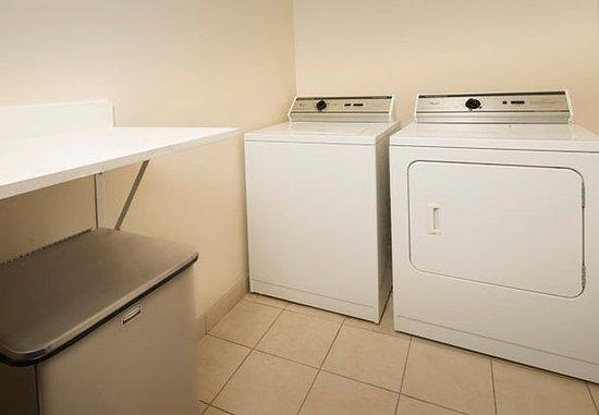 วาลดอร์ฟ, แมรี่แลนด์: Guest Laundry
