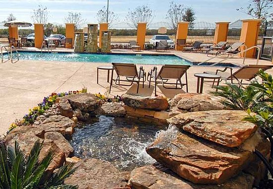Residence Inn Abilene: Outdoor Pool