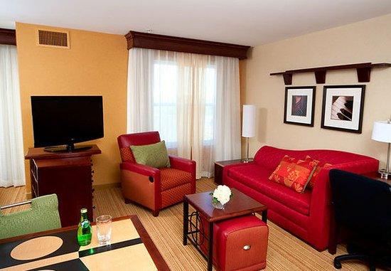 Auburn, Μέιν: Suite Living Area
