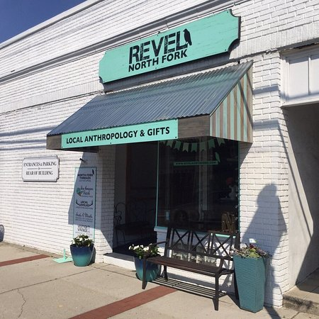 Cutchogue, NY: Welcome to Revel North Fork!