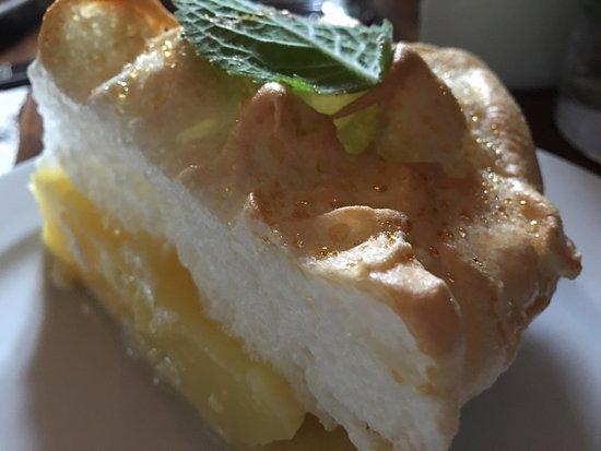Warwick, estado de Nueva York: Lemon Meringue Pie- everyone loved this dessert we served for lunch last week