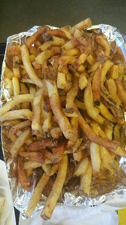 Captain Gus' Sandwich Shack & Grill: 20160818_201942_large.jpg