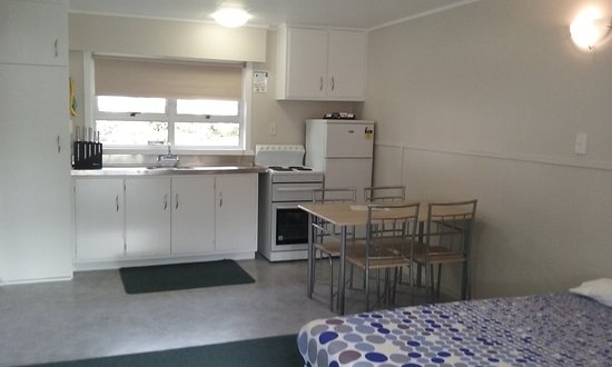 Mangonui, New Zealand: inside Motels