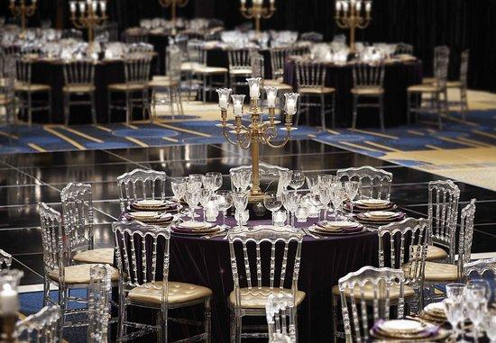 Dorval, Canada: Opal Ballroom