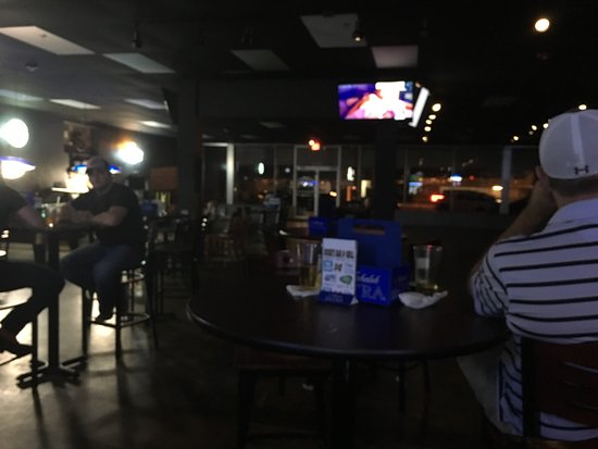 Magnolia, AR: Dosie's Pub & Grill