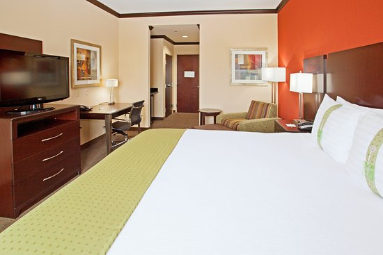 Holiday Inn Houston West Energy Corridor: Guest Room