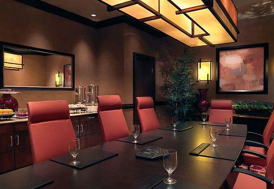 Normal, إلينوي: Executive Boardroom