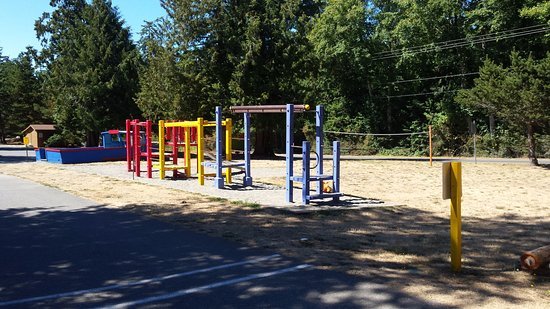 North Whidbey RV Park : Play yard