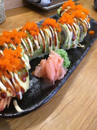 Tanoshii Sushi