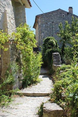 Le Poet-Laval, France: Chemin