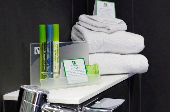 Holiday Inn Paris - Notre Dame: Bathroom Amenities