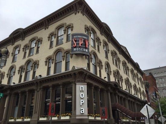International Spy Museum: 外観 1階が受付です