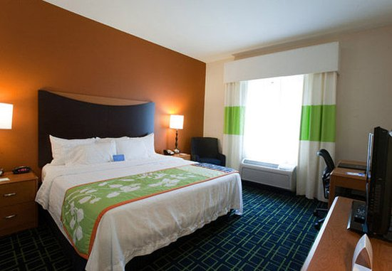 Conroe, TX: King Guest Room