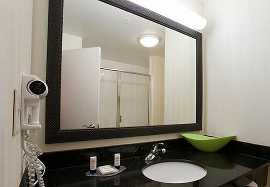 Conroe, Техас: Suite Bathroom