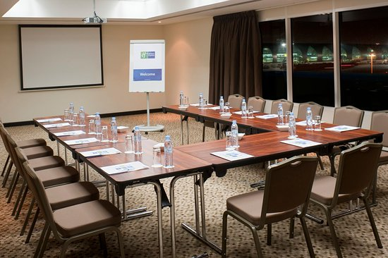 Holiday Inn Express Dubai Airport: Meeting Rooms to cater for all your needs