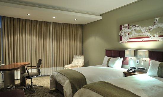 Holiday Inn Johannesburg-Rosebank: Bedroom Twin Bedded Smoking