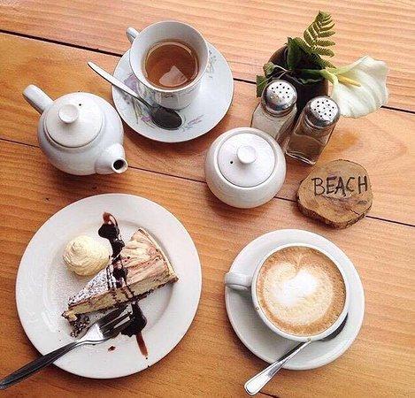 Eggsentric Cafe