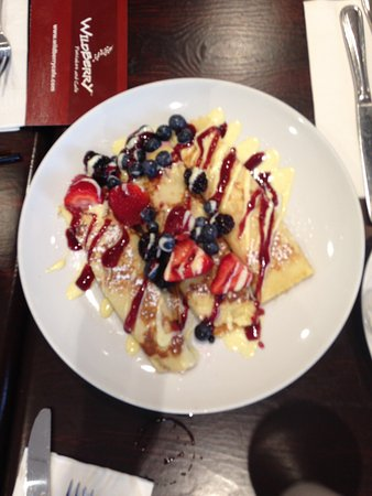 Libertyville, IL: Signature berry bliss