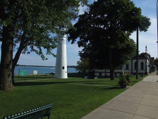 Marine City, MI: Park across S. Water St from restaurant.