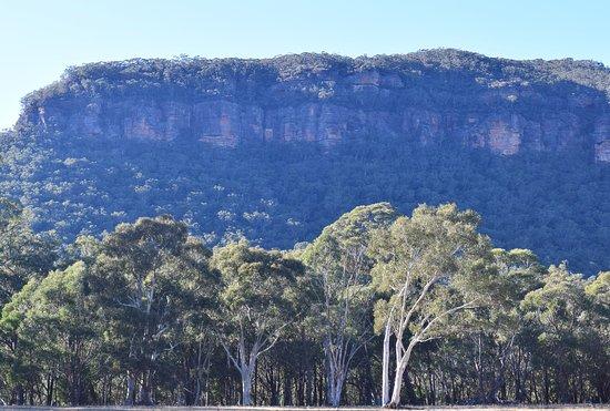 Megalong Valley, Australien: Blue Mountains Sandstone Escarpment