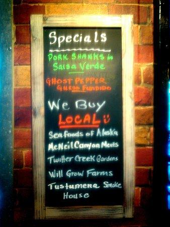 Alibi Bar & Cafe: KIMG0423_large.jpg