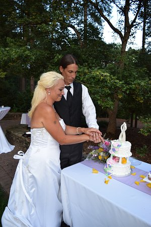 Dunes Inn & Suites: wedding