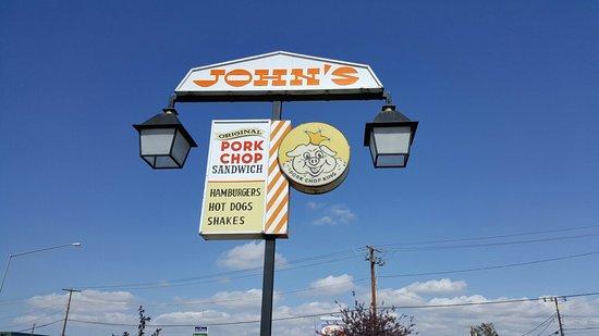 บัตต์, มอนแทนา: Pork Chop Johns