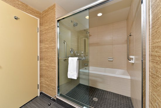 Peekskill, NY: Walk-in Shower & Tub with Whirlpool Jets