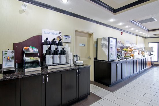 Fort Saskatchewan, Canadá: Breakfast Bar