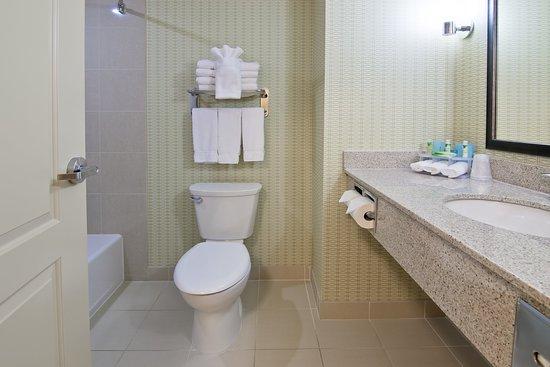 Fort Saskatchewan, Canadá: Guest Bathroom