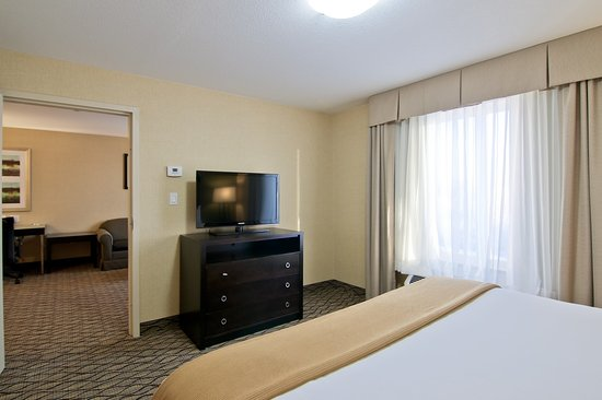 Fort Saskatchewan, Canada: Junior Suite
