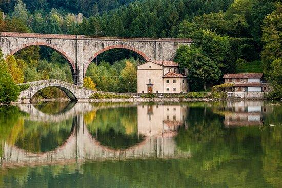 Pieve Fosciana, Italy: getlstd_property_photo