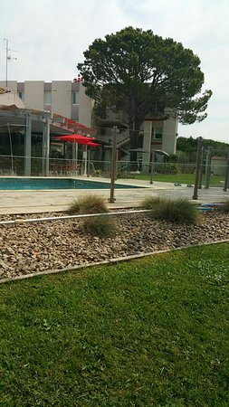 Ibis salon de provence hotel salon de provence france - Ibis salon de provence ...
