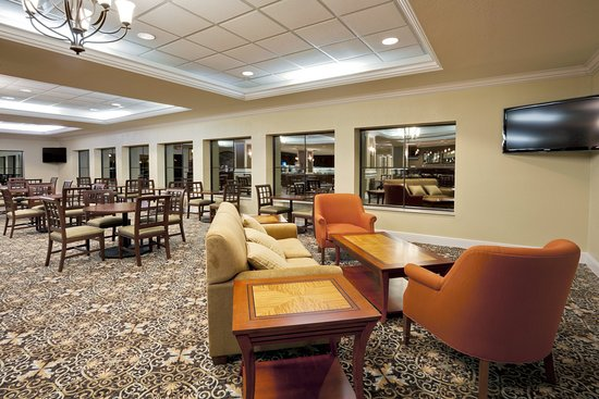 Staybridge Suites Orlando Airport South: Guest Dining Lounge
