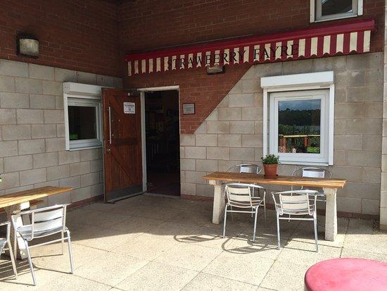 Sutton-in-Ashfield, UK: Strawberry Fayre Cafe
