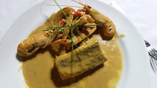 Vacarisses, Hiszpania: Suquet de bacallà amb cigales