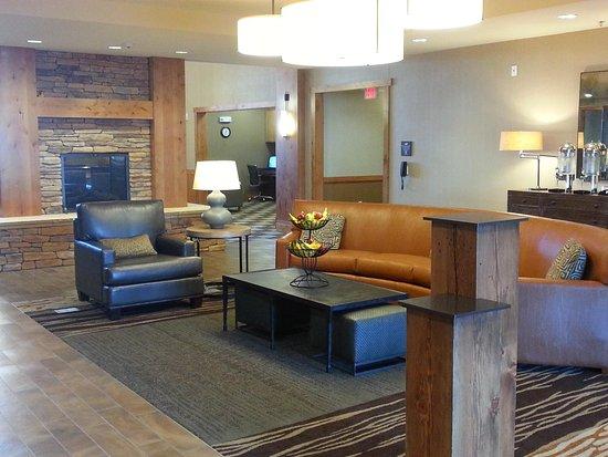 Homewood Suites by Hilton Durango: Lobby