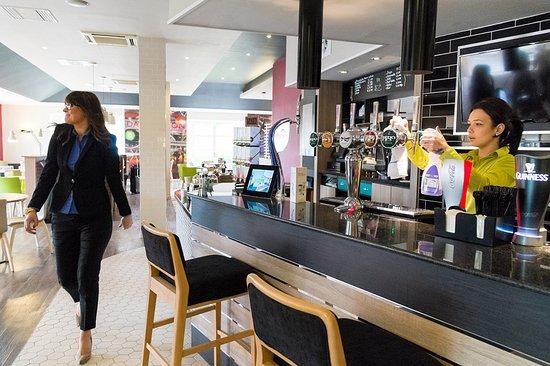 Holiday Inn Darlington - North A1m: Lobby Bar