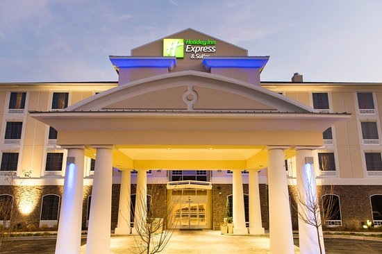 Hotel Exterior of Holiday Inn Express Aiken SC