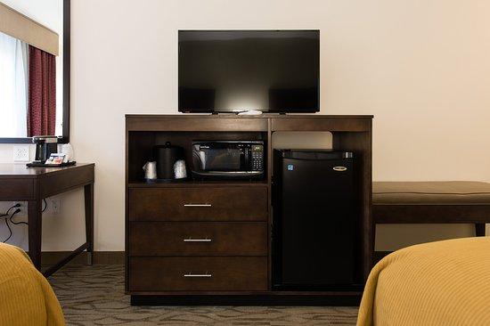 ไอเคน, เซาท์แคโรไลนา: Double Queen Bed Guest Room HDTV Area
