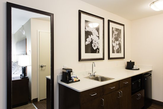 Aiken, Южная Каролина: Junior Suite Guest Room with King Bed and Wet Bar