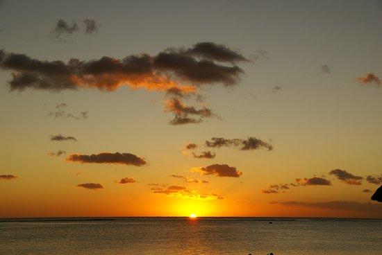 Flic En Flac: Puesta de sol desde la playa