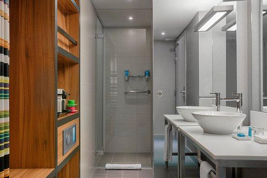 Etterbeek, Belgique : Shower