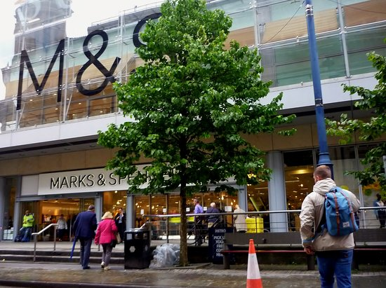 ‪Marks & Spencer‬