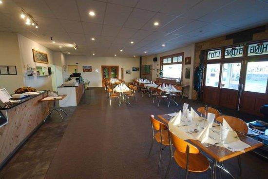 Levin, Nieuw-Zeeland: Dinner Service