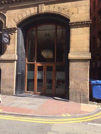 Townhouse Hotel Manchester: Main Enterance