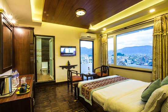 Hotel Encounter Nepal: Deluxe room with mountain and city view