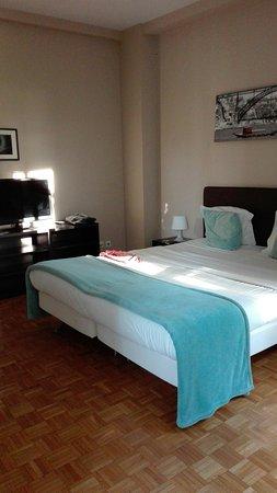 Low Cost Tourist Apartments - Casa da Musica: IMG-20160810-WA0002_large.jpg
