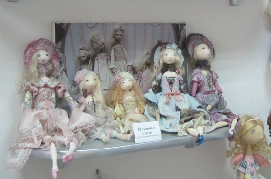 ‪Art Gallery of Designer's Dolls and Teddy Bears Plyushkina Doch‬